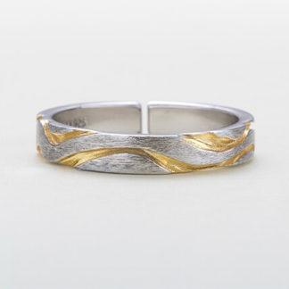 Inel de argint texturat in 2 culori Gold Vein mare