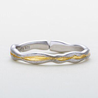 Inel de argint texturat in 2 culori Gold Vein mic