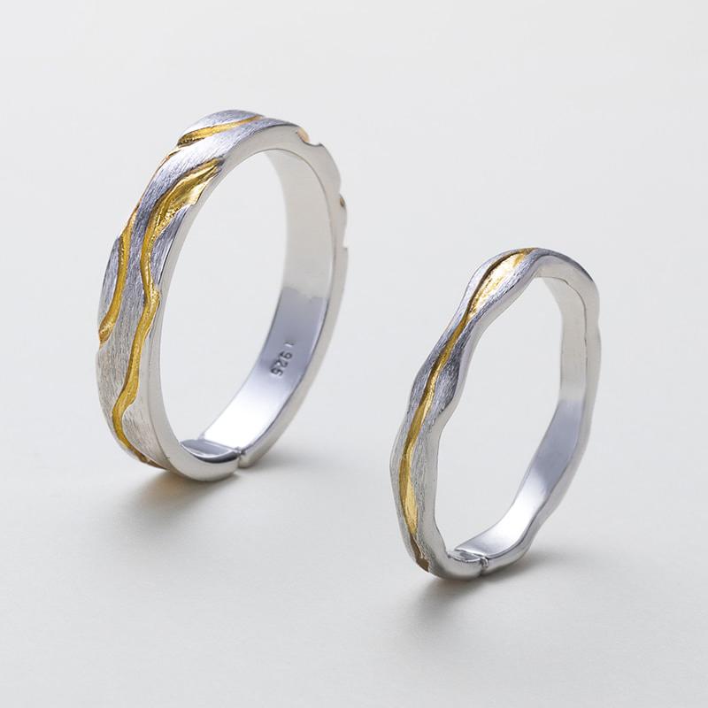 Inele cuplu in 2 culori cu design vibrant Gold Vein