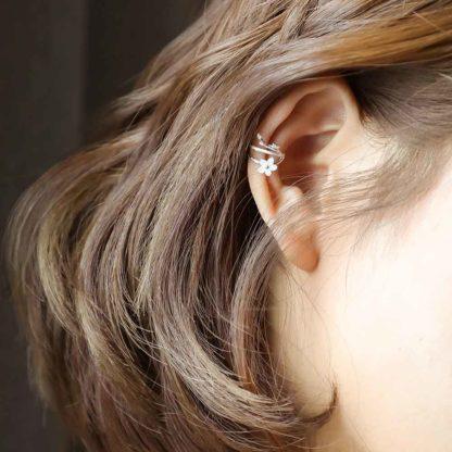 cercei de argint ear cuff white sakura