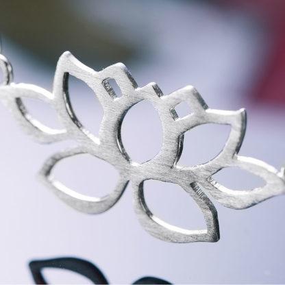 lantisor din argint cu medalion lotus-2