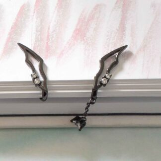 Cercei clips negri asimetrici, din argint, Demon wing