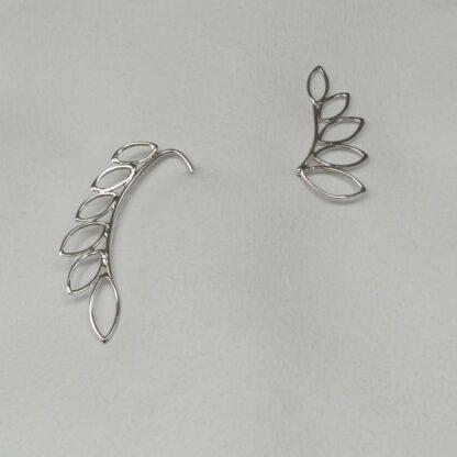 Cercei handmade de argint, minimalisti, asimetrici - Leaves