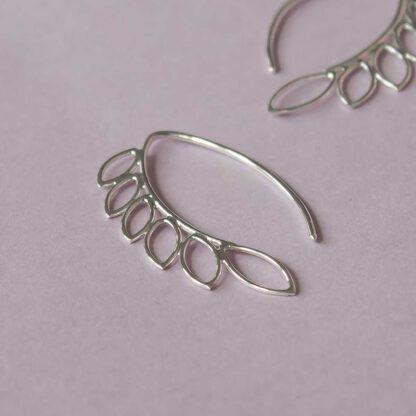 Cercei handmade de argint, minimalisti, asimterici - Leaves