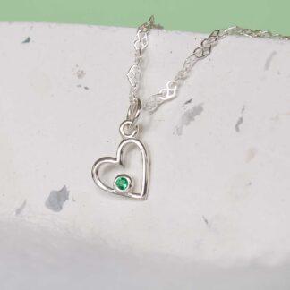 Colier argint cu inima handmade cu smarald verdePrecious