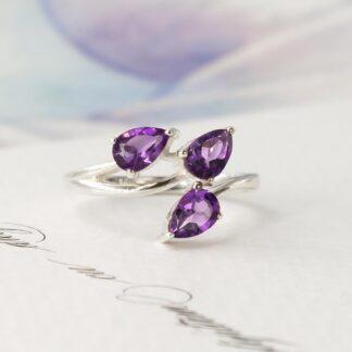 Inel de argint cu ametist violet, clio