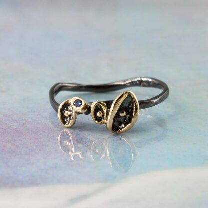 Inel handmade din argint cu rodiu negru si safir, Imperfect
